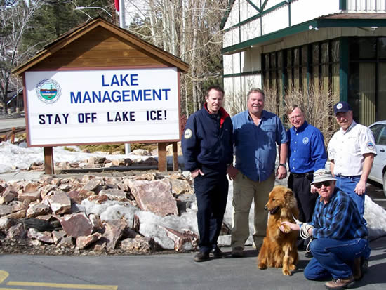 Buck, alongside owner Doug, and the MWD's Travis, Mike, Scott and Jim in 2008