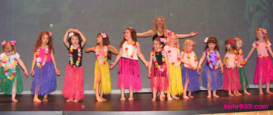 Big Bear's hula-skirted little dancers were among the highlights at the Lighthouse Summit