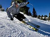 summit-skier