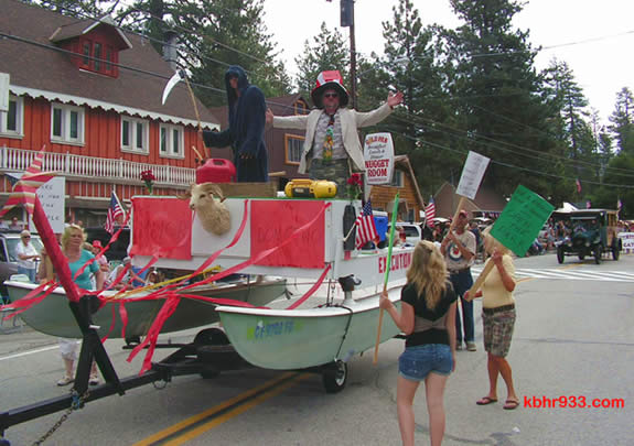 "The 2008 Doo Dah Parade included Fawnskin's Honorary Mayor Gene Cyr as ""The Executioner."""
