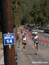 Stanfield Cutoff was bustling, with both half-marathoners and marathoners--and yet traffic flow in both directions.