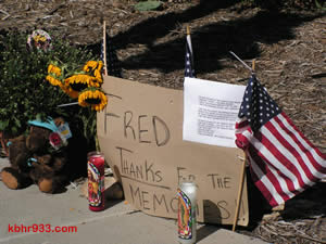 "A tribute on the corner of Big Bear Boulevard and Fox Farm reads, ""Fred, thanks for the memories."""