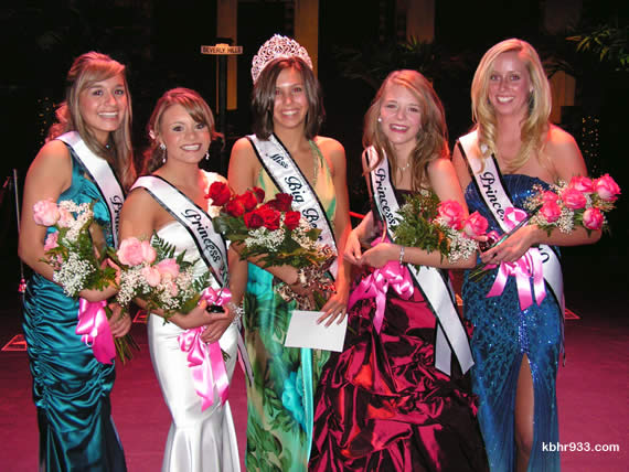 Miss Big Bear 2010 and her court: (from left) First Princess Elaine Flores (and winner of a $1000 scholarship), Second Princess Ashley Rolston, Miss Big Bear Caroline Forry, Third Princess Dreama DePaiva, and Fourth Princess Michelle Ritenour.