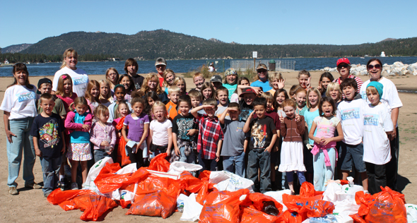 Students from Baldwin Lane Elementary School Help Clean Up The Shoreline!