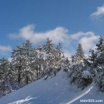 With fresh snow and sunny skies, it should be a beautiful weekend in the Big Bear Valley. Enjoy!